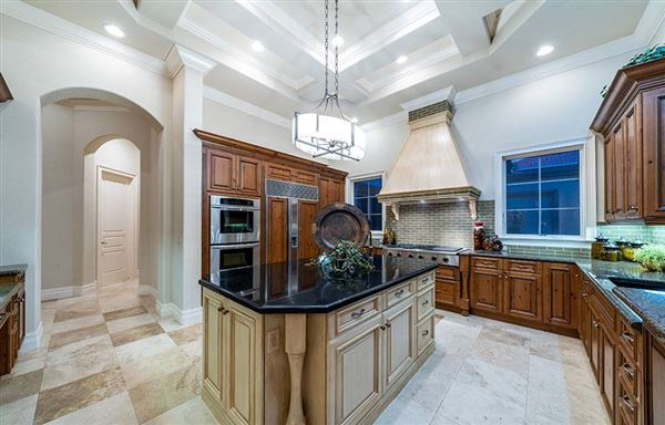 Luxury homes in luxury estate home in Miromar Lakes