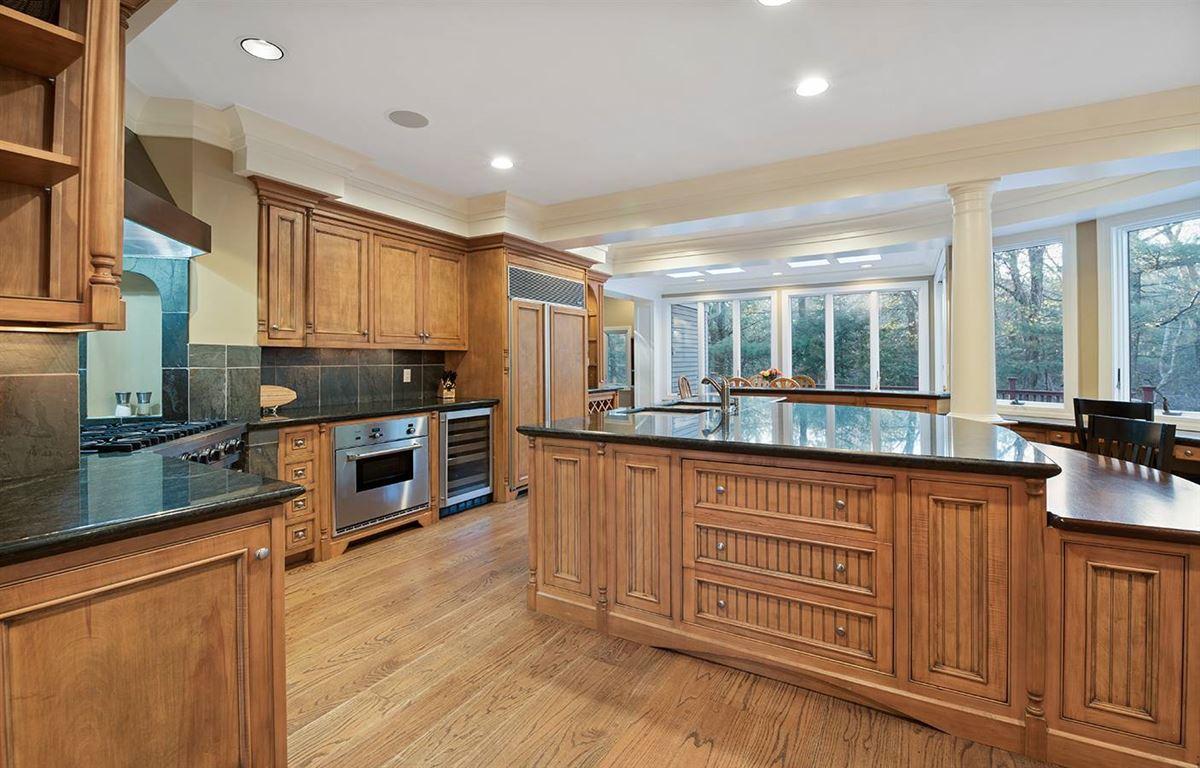 Stunning five bedroom in Tall Pines luxury properties