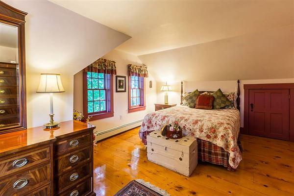 Cedar Grove Farm mansions