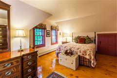 Cedar Grove Farm luxury properties