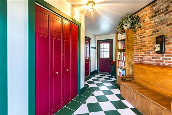 Mansions in  Cedar Grove Farm