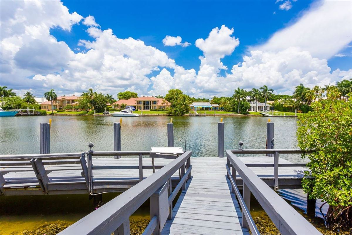 Luxury homes one-of-a-kind waterfront estate