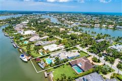 Mansions in one-of-a-kind waterfront estate