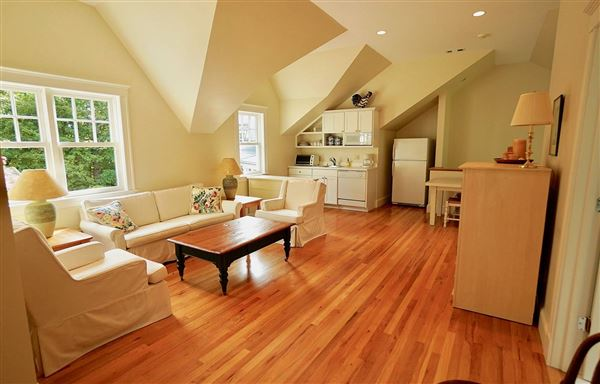 Mansions in exceptional custom home on Marblehead Neck
