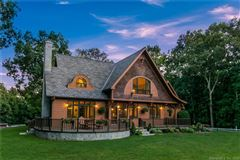 Luxury real estate Luxury Country Living at its finest