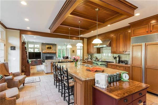 Luxury Country Living at its finest luxury homes