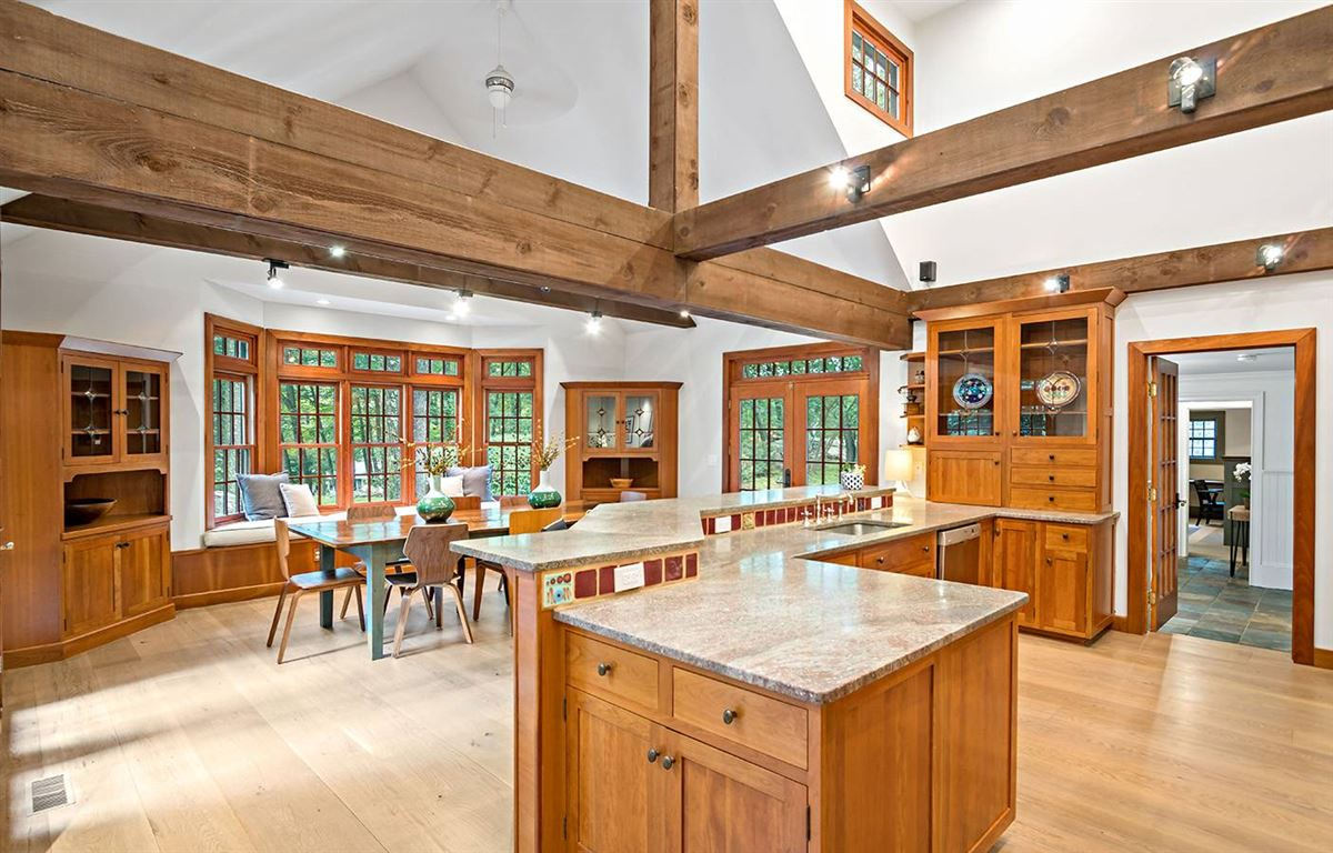 Luxury properties Country living at its finest