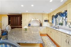 Luxury homes in One of Quincys most remarkable homes