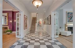 Luxury properties Breathtaking Franton Court Estate