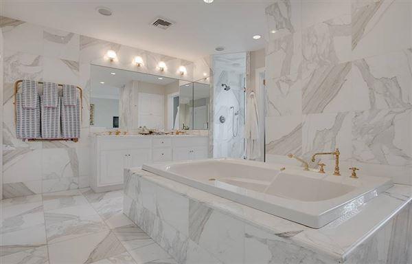 Breathtaking Franton Court Estate luxury homes