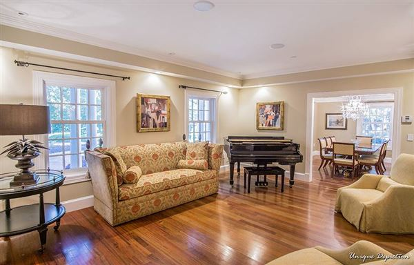 Luxury real estate beautiful home in north andover