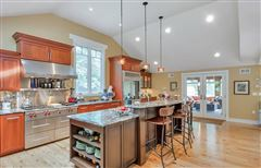 Luxury homes one of the nicest hidden gems in Longmeadow