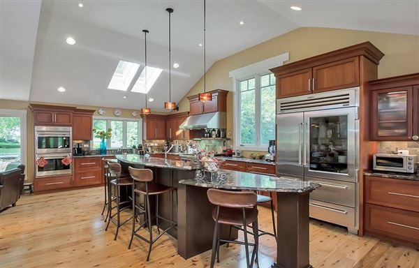 one of the nicest hidden gems in Longmeadow luxury homes