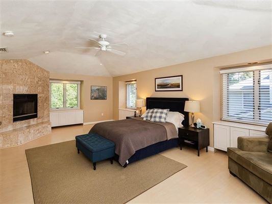 Luxury homes Extensively renovated contemporary Colonial
