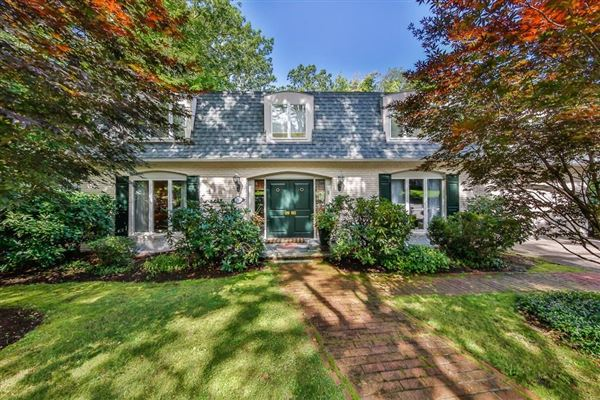 Luxury properties Extensively renovated contemporary Colonial