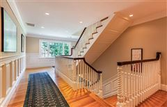 Luxury properties gracious Cliff Estates Colonial