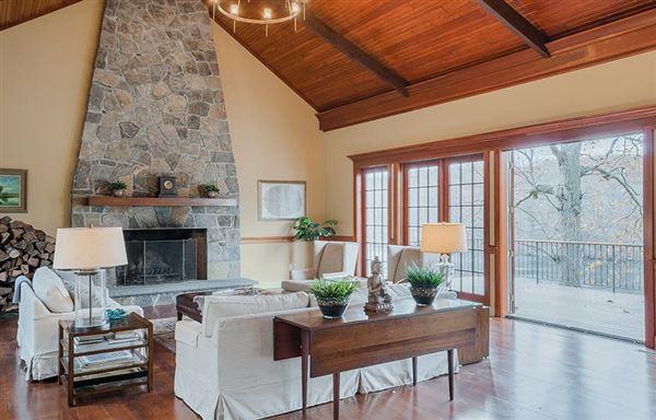 Graymoor Manor on Indian Lake luxury real estate