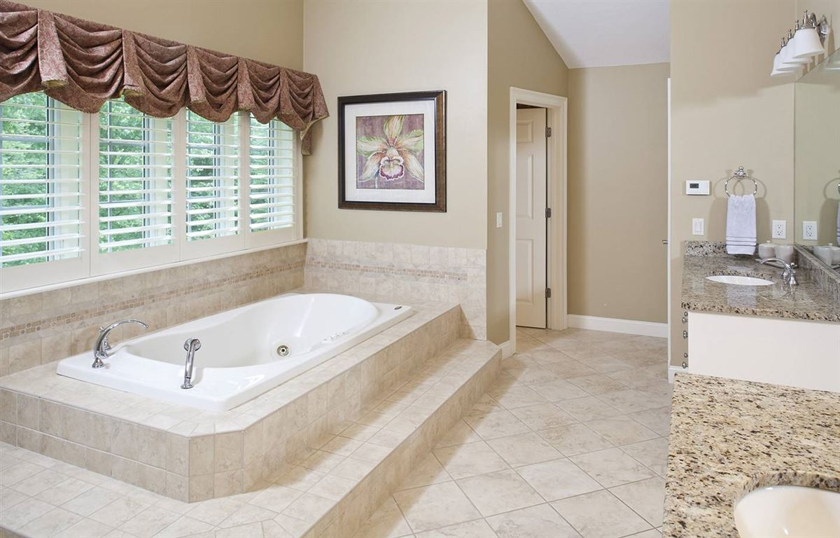 Luxury homes Welcome to Stone Meadow Estates