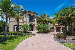 unobstructed sunset views and sail boat access to the Gulf of Mexico luxury properties