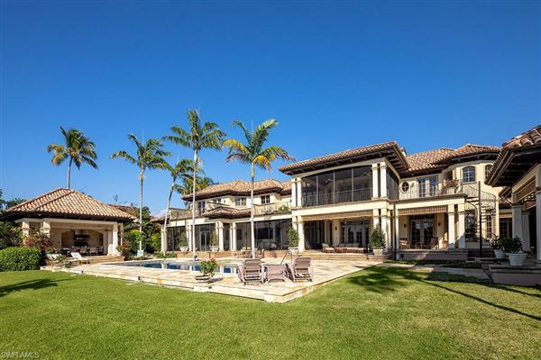 Beautiful estate spanning two Port Royal lots luxury real estate