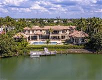 Luxury properties Beautiful estate spanning two Port Royal lots