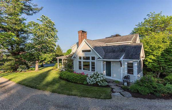 Home and Barn set on 10 enchanting acres luxury properties