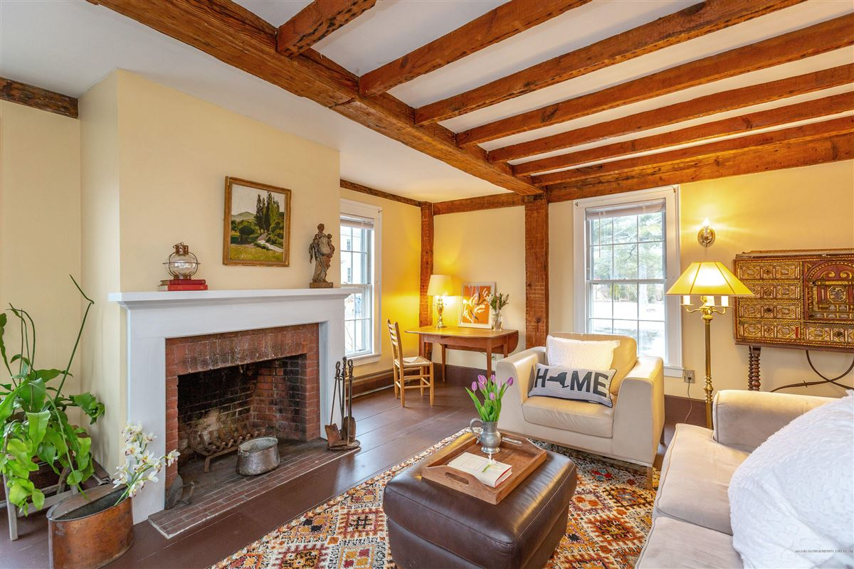 Luxury homes in this beautiful historic home enjoys lovely water frontage