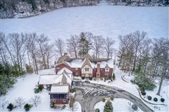 Luxury properties WATERFRONT Tudor