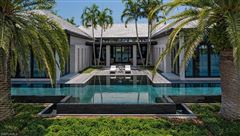 Luxury properties a Port Royal icon