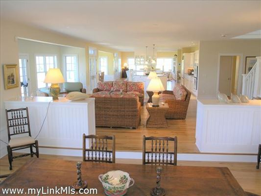lovely North shore property with protected water views luxury properties