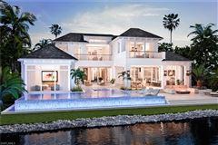 Luxury properties new coastal traditional on Naples Bay