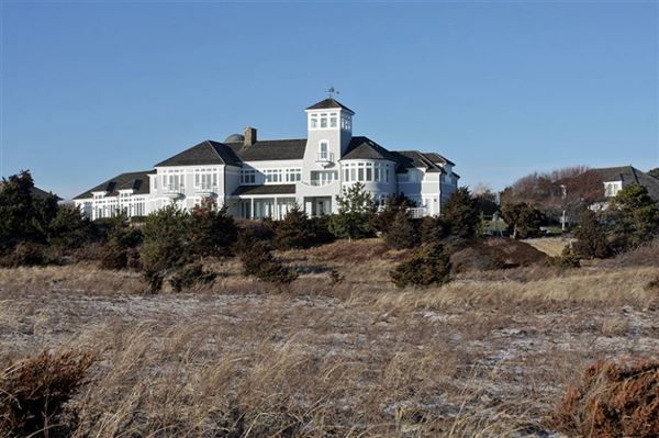 Mansions in the finest views on cape cod