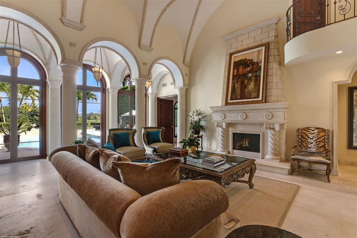 classic elegance and quality craftsmanship luxury real estate