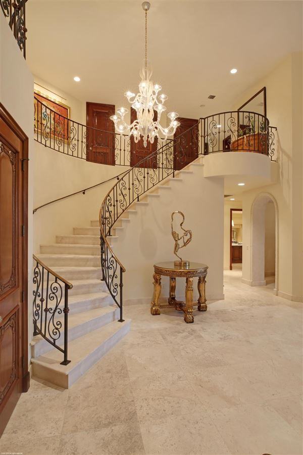 classic elegance and quality craftsmanship luxury homes