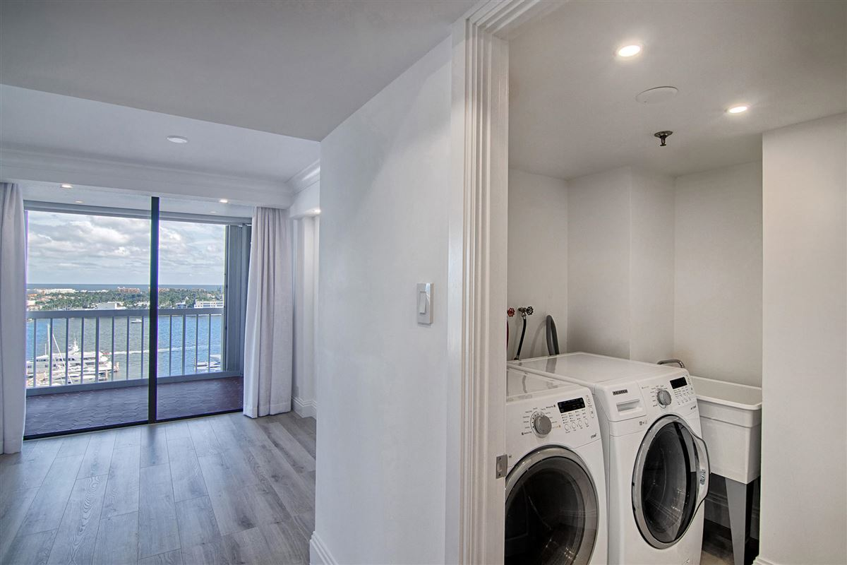 renovated bright and airy two bedroom condo mansions
