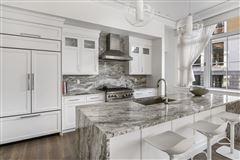 Luxury homes in remarkable Single floor residence