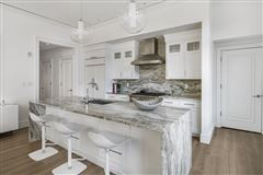 Luxury homes remarkable Single floor residence
