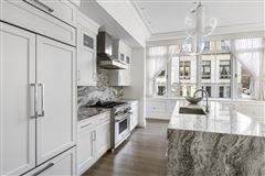 remarkable Single floor residence luxury homes