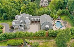 "Luxury properties custom built ""in town"" estate"