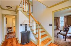 Luxury homes Gorgeous renovated Antique in the heart of Acton Center