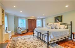 Gorgeous renovated Antique in the heart of Acton Center luxury real estate