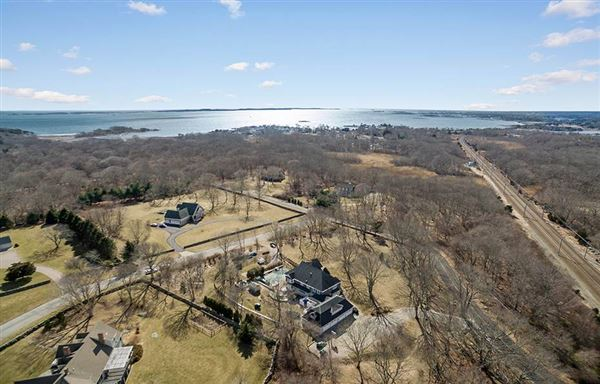 exceptional Wamphassuc Road property luxury real estate