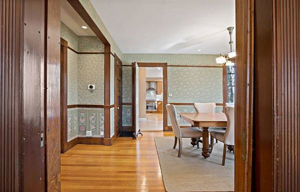 updated Shingle-style Victorian luxury homes