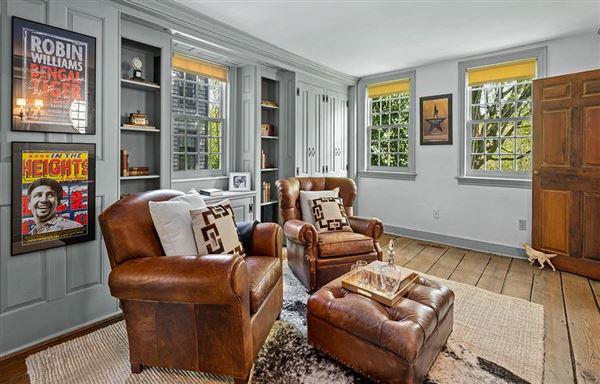 riverfront estate luxury homes