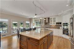 Custom-built home in exquisite Deer Run Estates mansions