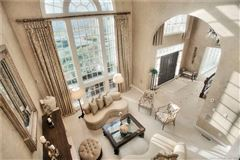 Mansions Stunning year-round retreat beautifully sited