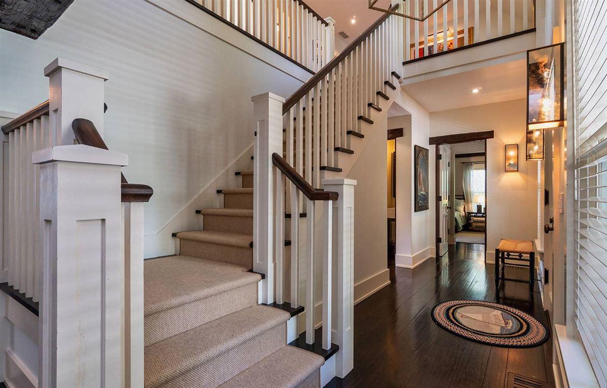 grand living on Woodbury Lane luxury properties