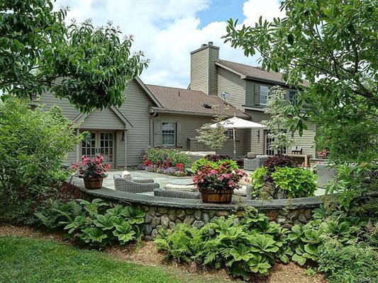 luxury-designed equestrian property luxury properties