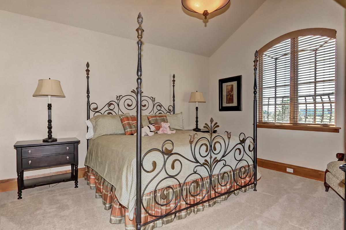 Custom Crafted Masterpiece luxury homes