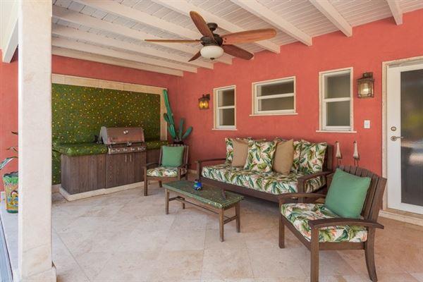 wonderful corner home in hot community luxury homes